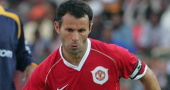 Manchester United manager Sir Alex Ferguson praises Ryan Giggs