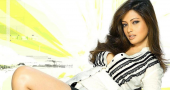 Riya Sen fine with smoking in movies