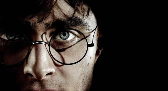 Who is better, Daniel Radcliffe or harry potter?