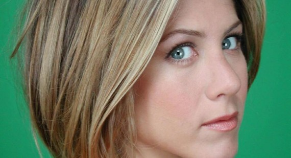 What is Jennifer Aniston's real hair color?