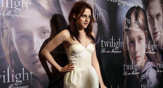 How is Kristen Stewart so pretty and skinny?