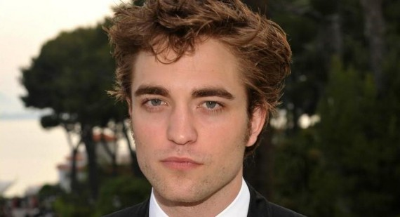 Who is Robert Pattinson really going out with?