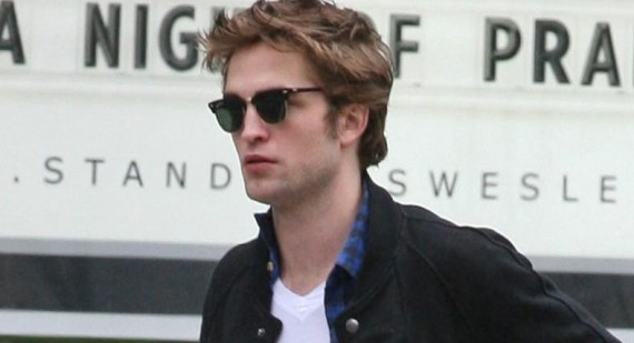 Why is everyone saying Robert Pattinson got Kristen Stewart pregnant?