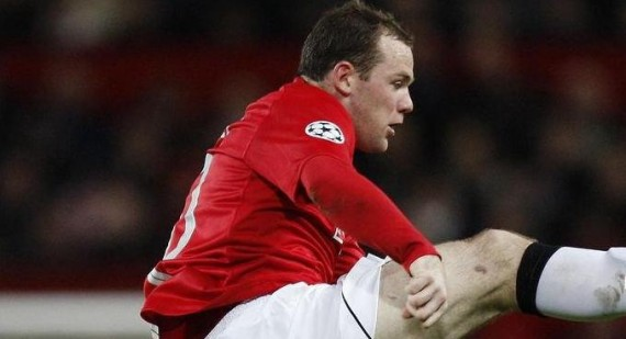 Why is Wayne Rooney out of the Man United match with Valencia?