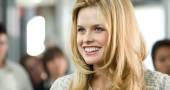 Alice Eve discusses Star Trek Into Darkness