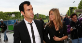 Jennifer Aniston and Justin Theroux postponing their wedding
