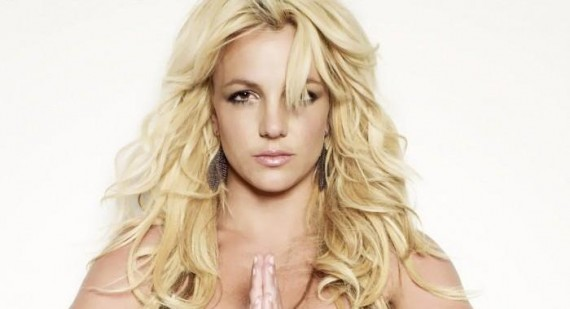 How is Britney Spears and Lindsay Lohan similar and different?