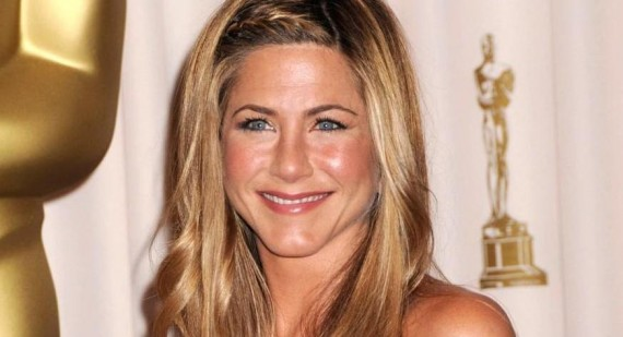 Why is Jennifer Aniston still hot?