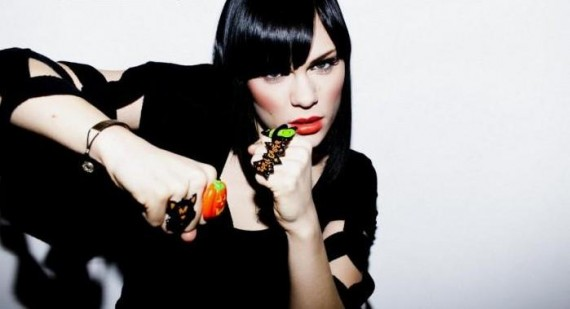 What is the main line is Jessie J's song price tag?