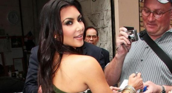 How did Kim Kardashian first start to get famous?