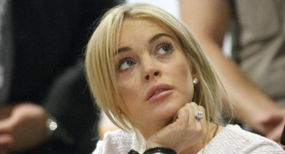 When was first Lindsay Lohan shown her boobs?